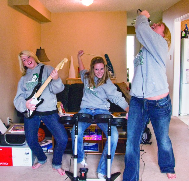 (l tor) Terri-Ann Davey, Krista Metcalf and Ashley Visser